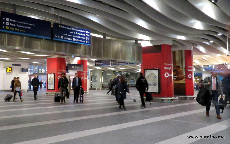 Beste Vodafone Dominates Birmingham Rail | outofhome.net CC-76
